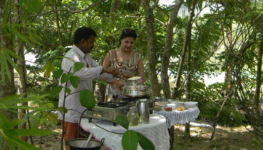 Cooking class at Coconut Island